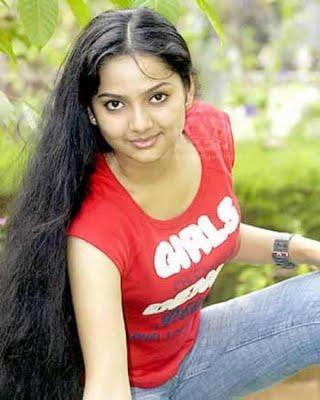 Samvritha-Sunil-Picture-9